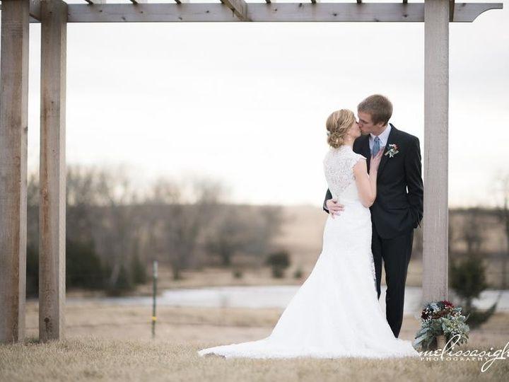 Tmx 1423450674192 Stueverlindleymelissasiglerphotographyweddingphoto Oskaloosa, Kansas wedding venue