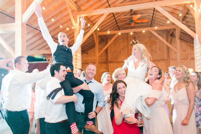 3328c2aea23b5908 Pond View Farm Wedding Photos Maryland Wedding Photographer Kr