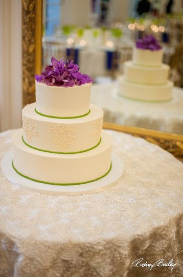 Fluffy Thoughts Cakes - Wedding Cake - McLean, VA - WeddingWire