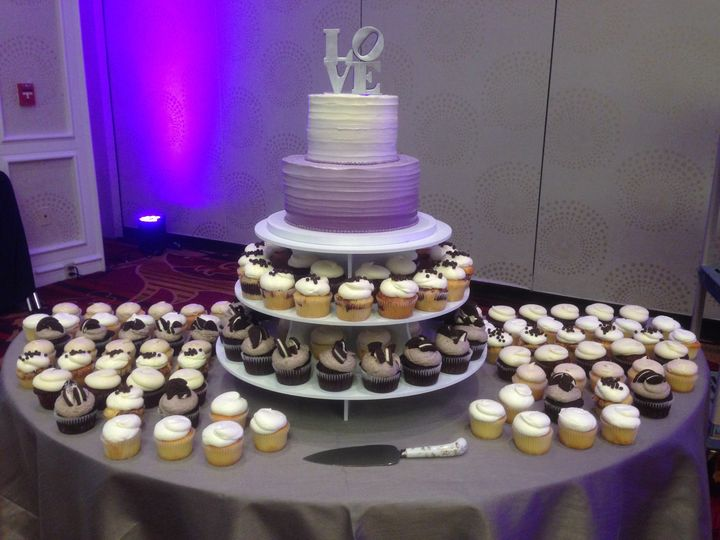 ombr cupcake wedding 2 tier
