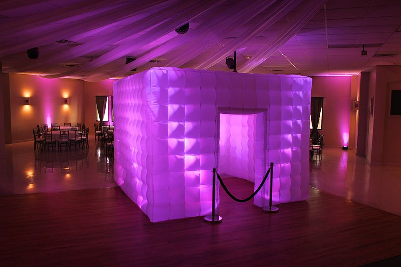 led photo booth cube