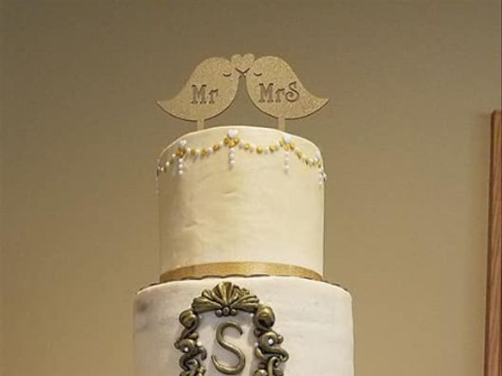 Tmx Pelmears Cake Creations 02 51 1063417 1557394488 Waterloo, IN wedding cake