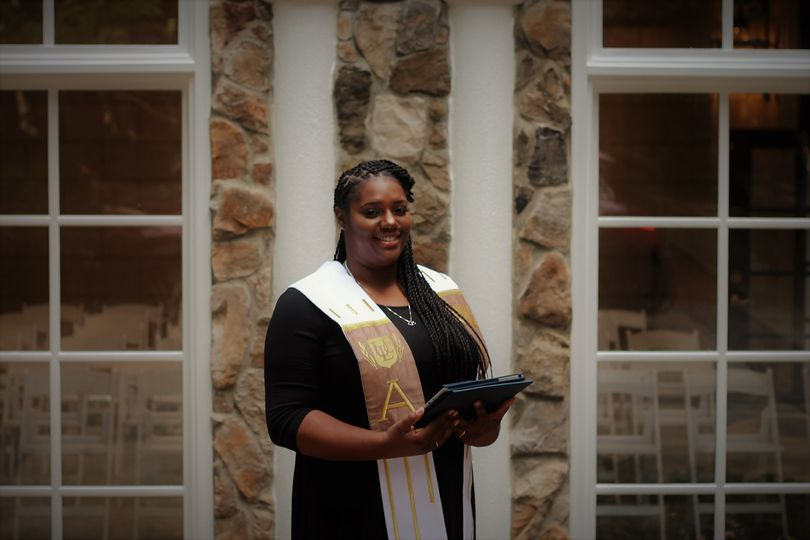 Marquita, Primary Officiant