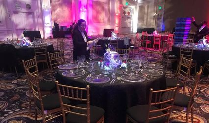 A&R Chiavari Chairs 1