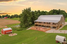 Serendipity Farms Wedding Barn