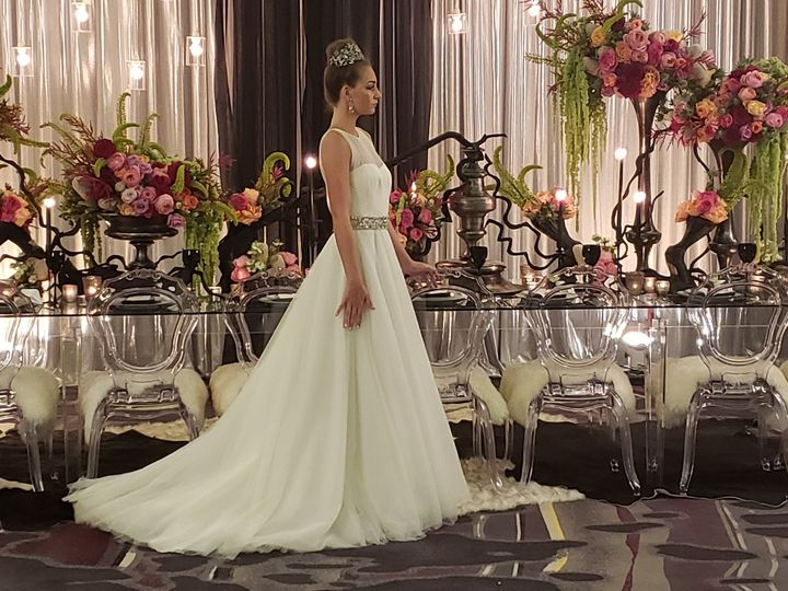 Tmx Bride Photo Shoot 51 988417 159603017831244 Sarasota, FL wedding venue