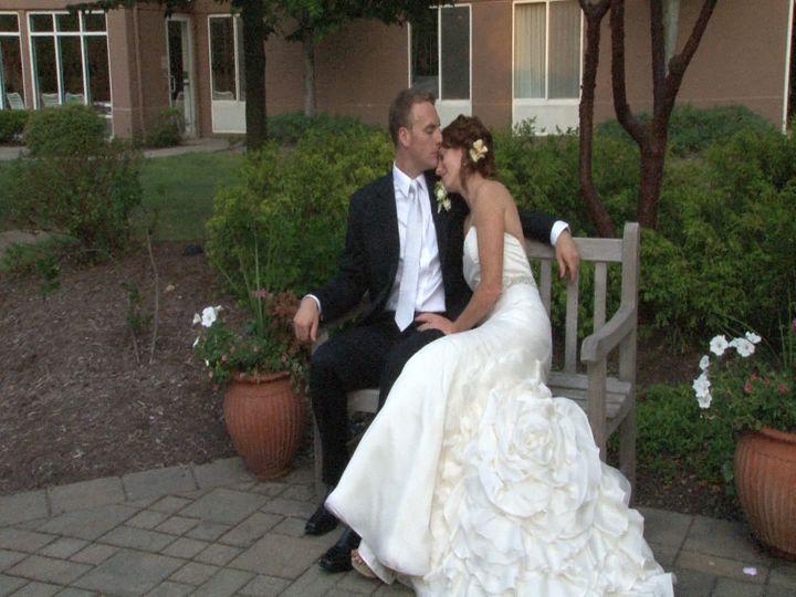 wedding clip 01 mpeg still009
