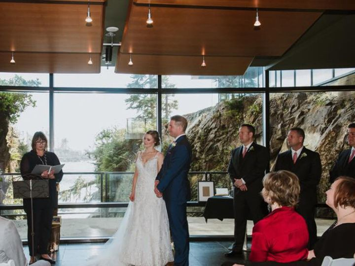 Tmx 1533400428 F86f95b7917d6f7f 1533400425 B1db805d8e60120b 1533400422029 2 Altar Bellevue, WA wedding officiant