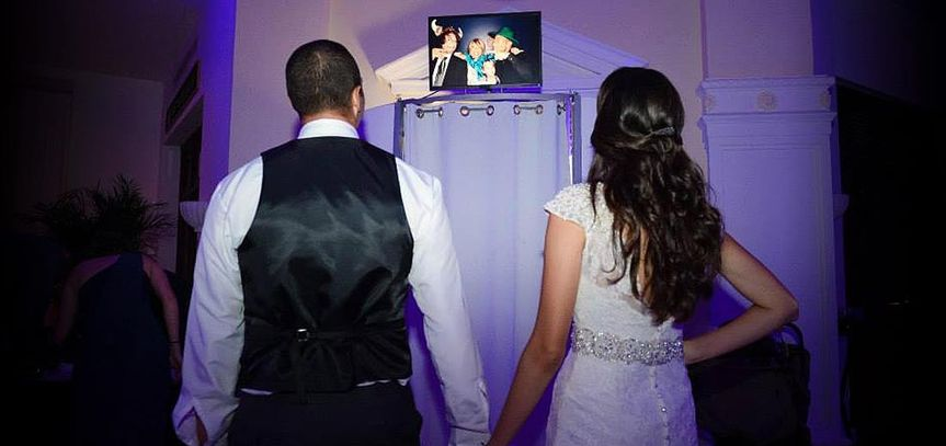 02photo booth for weddings south florida