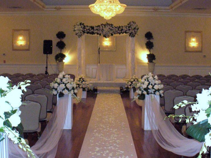 Tmx 1413931453381 411 Englishtown wedding florist
