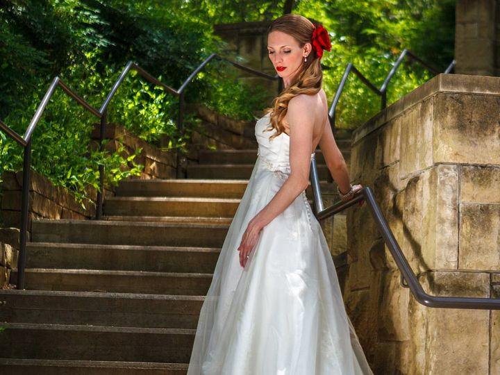 Tmx 1534961609 C72bbd748e5c57fe 1534961605 0bc3812f0e7b11f6 1534961604615 1 Untitled 8 Durham, NC wedding photography