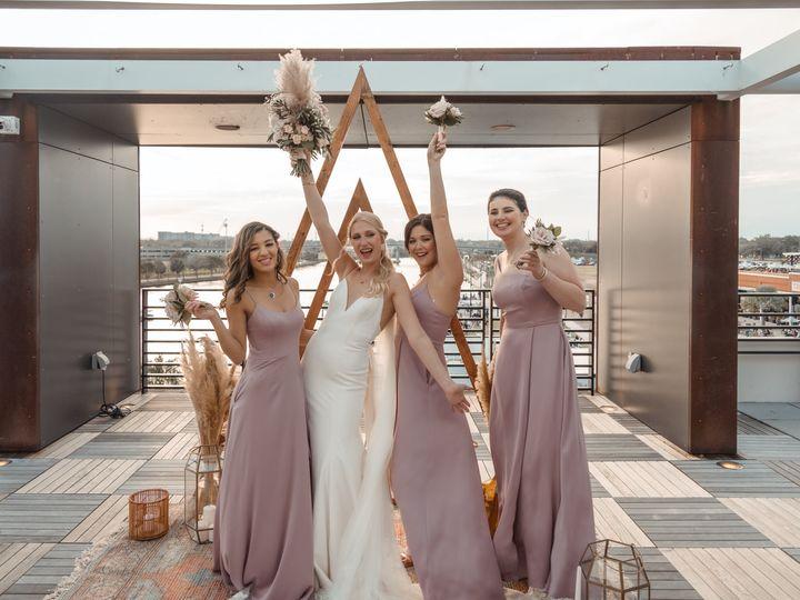 Tmx 150909110 702078107126459 5698709038280175107 O 51 995517 161474243135331 Tampa, FL wedding beauty