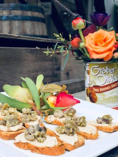 Graber olive crostini