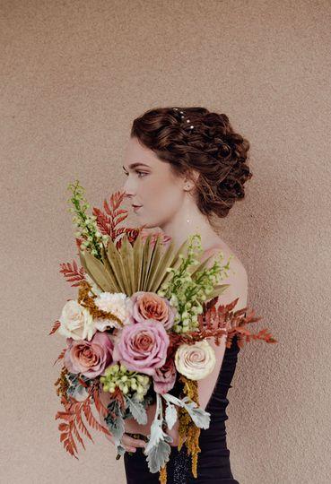 Soft, natural bridal look