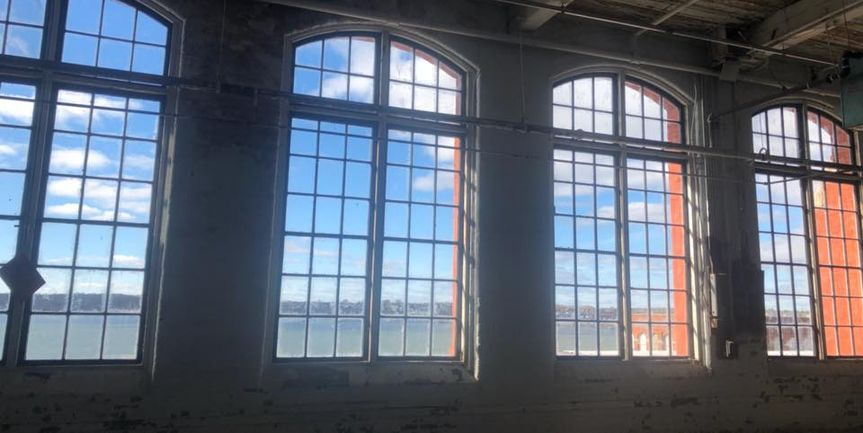 Large windows, natural light