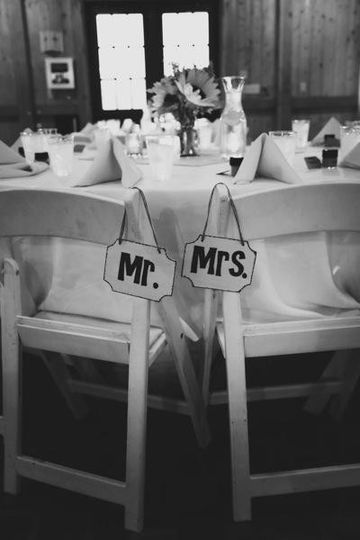mr mrs signs bw
