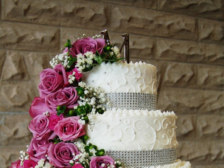 Tmx 1389299928248 05 Stamping Ground wedding cake