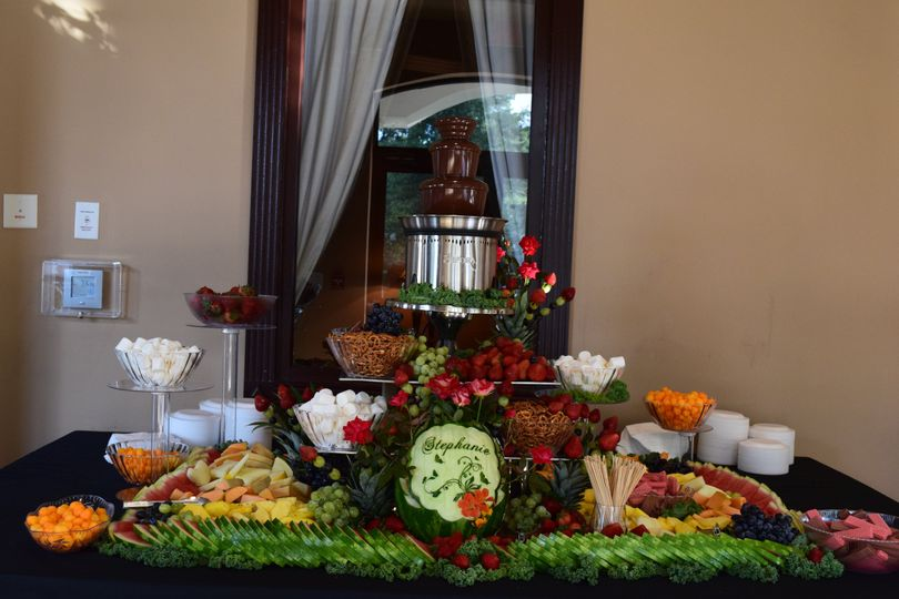 Carvings for fruit display