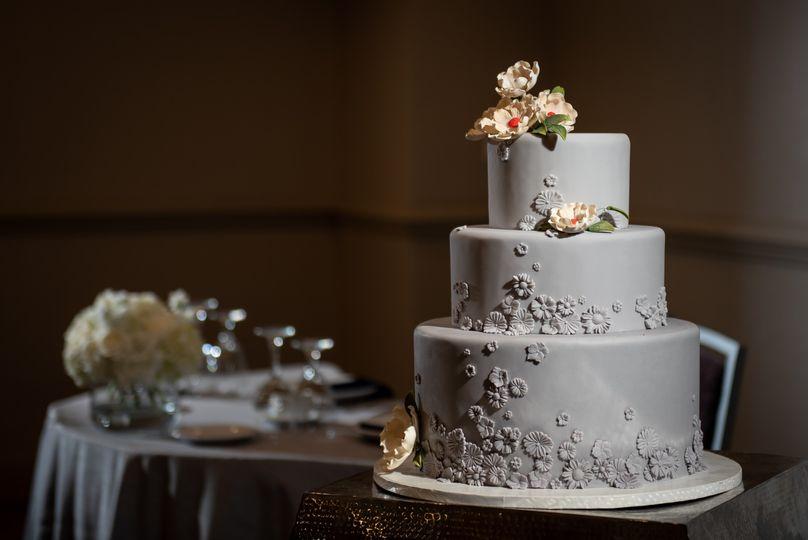 Wedding Cake/Sweetheart Table