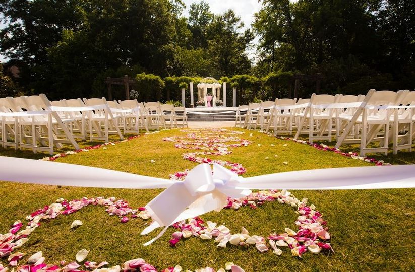 Heritage sandy springs venue atlanta ga weddingwire 800x800 1495566430800 11246038101555420055850125882018072765197770o 800x800 1495566542897 entertainment lawn ceremony 3 mightylinksfo