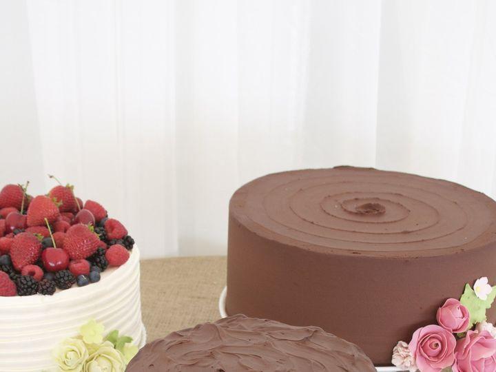 Tmx 1467001615076 Retro Sugar Flower Wedding Cake Trio Point Arena wedding cake