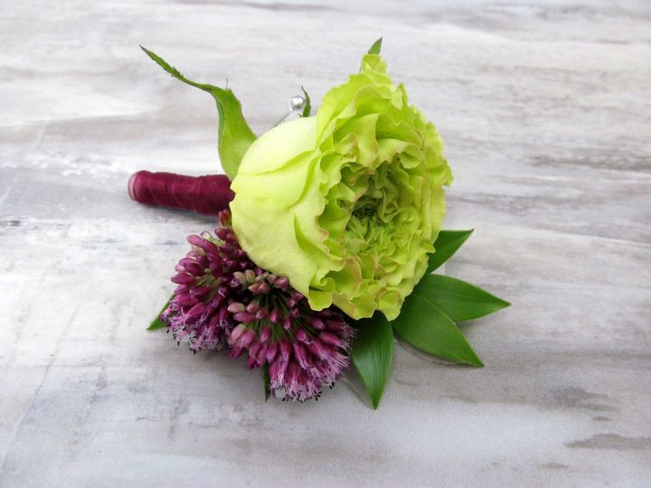 Tmx 1503345441419 Greenroseboutonniere Watchung, New Jersey wedding florist