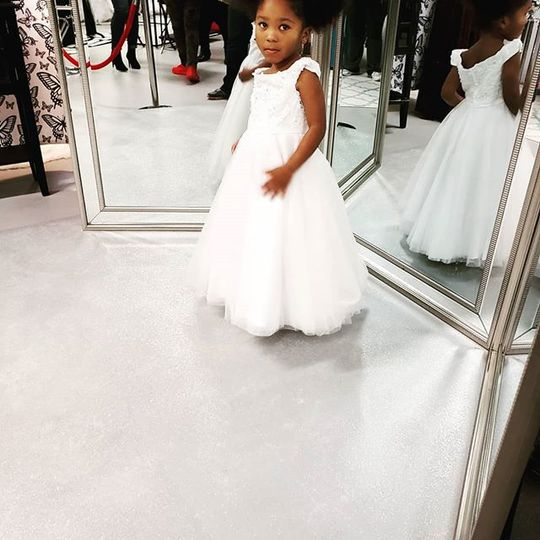 Beyoutiful bridal flowergirl