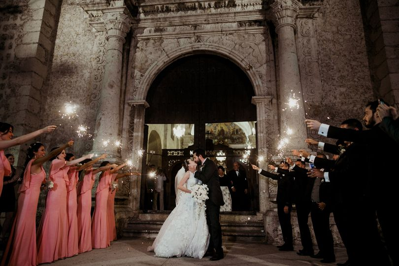 Wedding exit at Tercera Orden