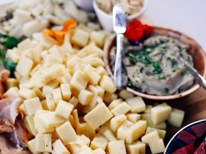Tmx Emmajeffcolor 272 51 722717 V1 Montpelier, VT wedding catering