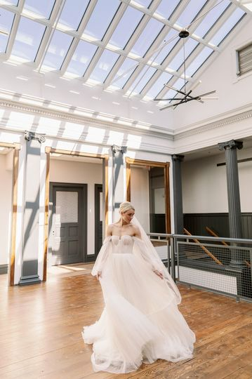 Bride on the Skydeck