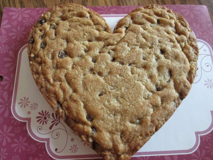 Chocolate Chip Large Heart