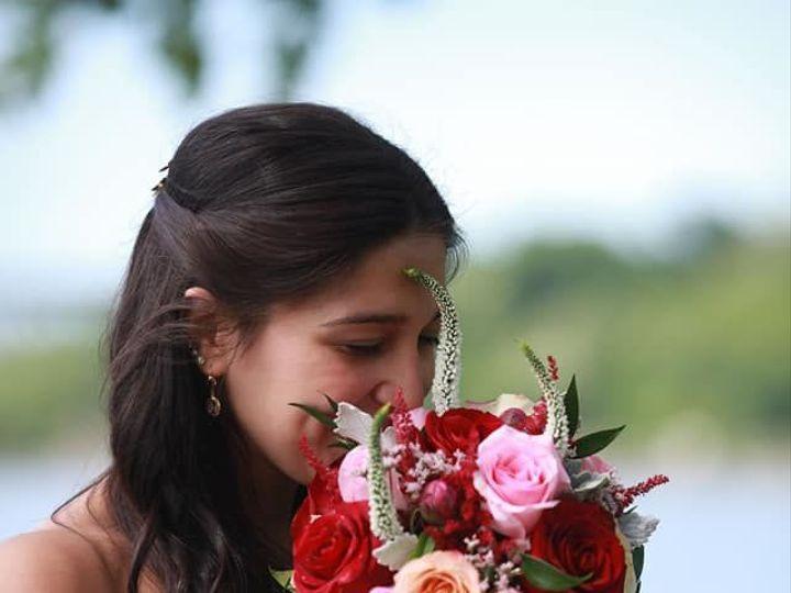 Tmx 1534262068 E953b85c5fa9ea7e 1534262067 91d2d34015cbbaaa 1534262070112 3 29792622 152738669 New Windsor, NY wedding florist