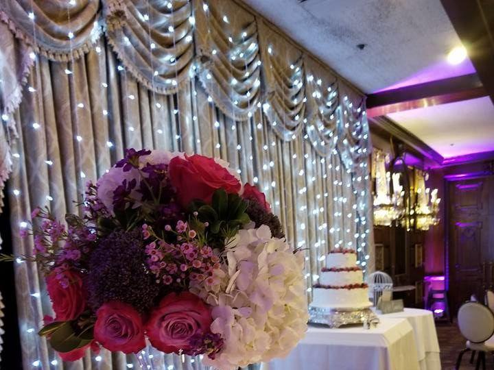 Tmx 1534263162 1792498232354c29 1534263161 05430f540a491dc9 1534263163961 1 21430293 132742984 New Windsor, NY wedding florist