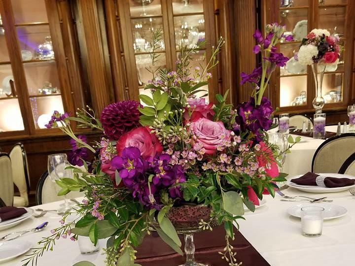 Tmx 1534263162 D6b7a9101890da94 1534263161 63ce20d0fb04db90 1534263163963 2 21462471 132742989 New Windsor, NY wedding florist