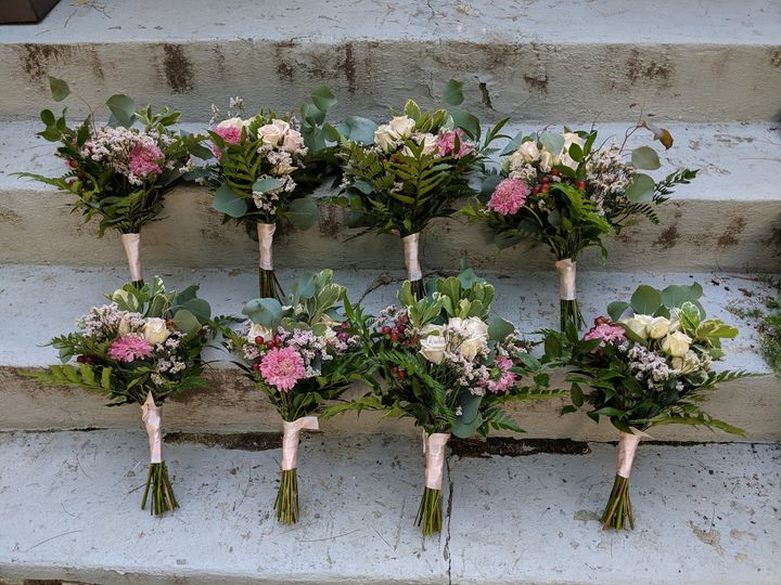 Tmx Blush Bridesmaids Bouquet 51 923717 1572219942 New Windsor, NY wedding florist