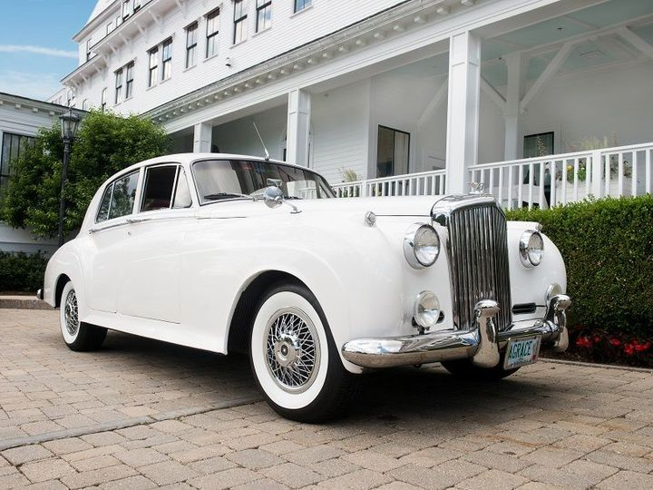 Tmx 1519916434 36f12b7b7bbb179a 1519916432 793654a5f558c44b 1519916431405 1 Rolls Royce Bride  New Castle, NH wedding venue