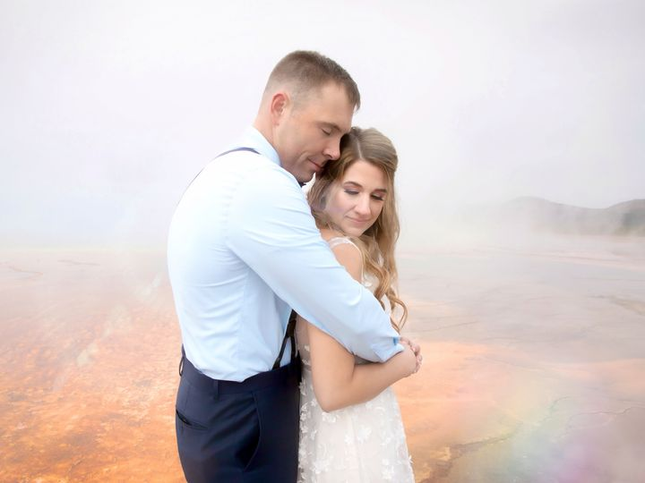 Tmx Yellowstone2 51 666717 1568681180 Bozeman wedding photography