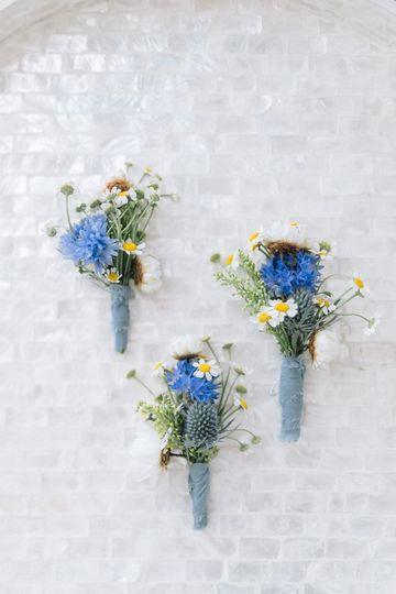 Wild flower boutonnière
