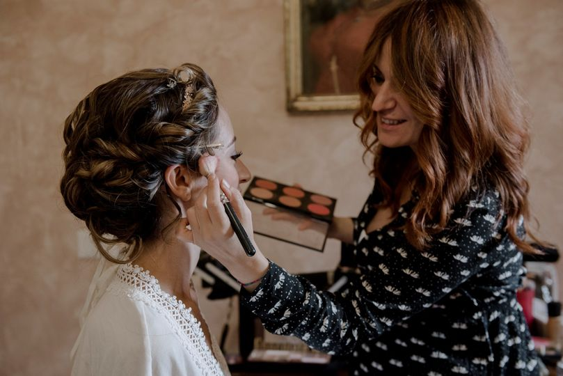 Jgm tivoli bride getting ready