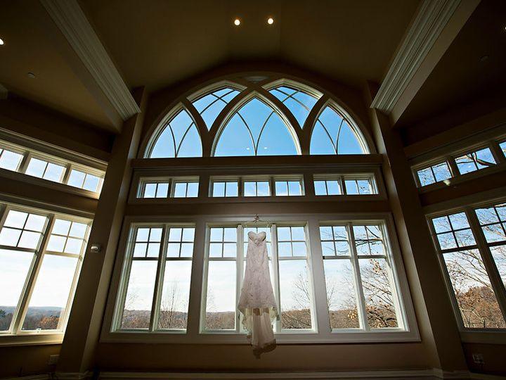 Tmx 1516489722 479e56cc39f5a001 1516489721 Eace86ad32df9dab 1516489721312 1 Hendrick Moy Photo South Salem wedding venue