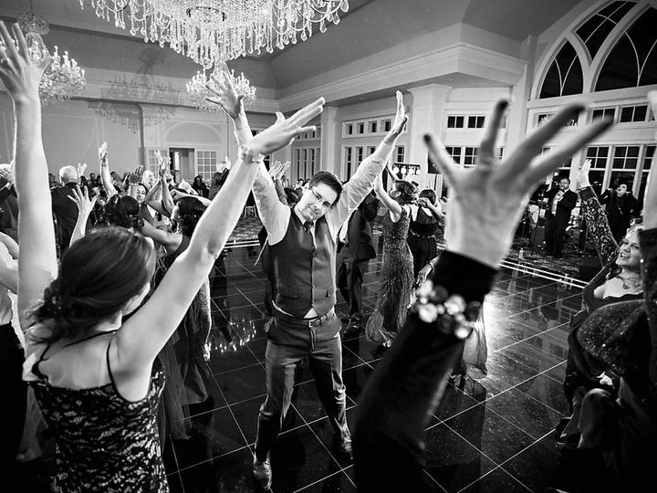 Tmx 1516489740 A3e37cbbd6547827 1516489739 C34a5064e2d48ecb 1516489738770 6 Hendrick Moy Photo South Salem wedding venue