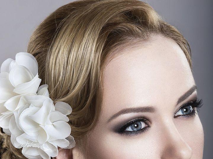 Tmx 1521119455 F371ae8e4eb19f67 1417823466554 Istock000038929862large New York wedding beauty