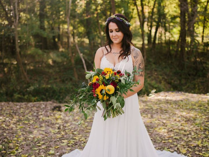 Tmx 46512155 10218058208637126 2958204861658693632 O 51 551817 Broken Arrow wedding beauty