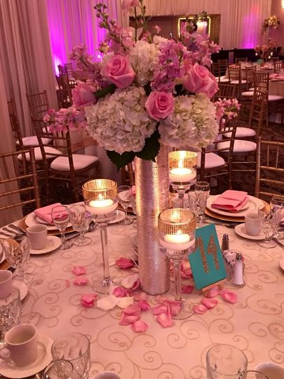 Rose petal cover table