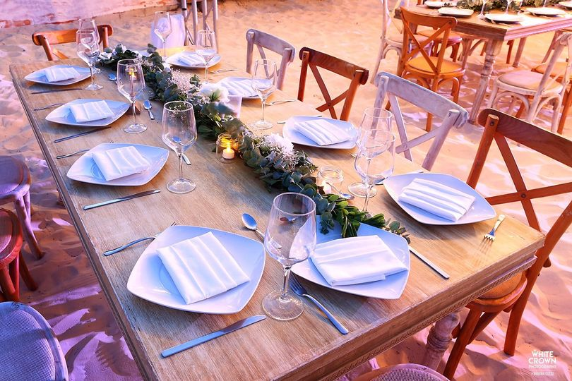 Table setting and arrangement