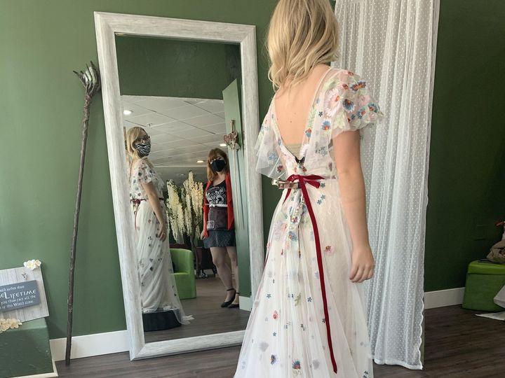Tmx Img 2401 51 1981817 159969003529558 Glendale, CA wedding dress