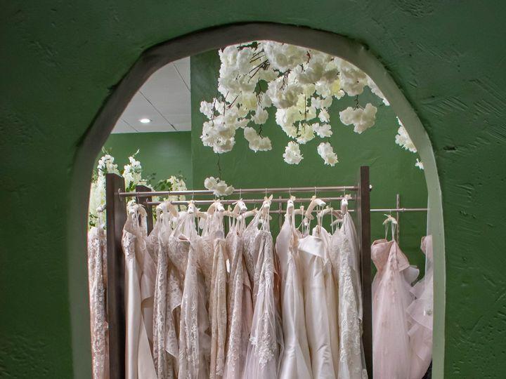 Tmx Mon 3357 51 1981817 159778983563902 Glendale, CA wedding dress