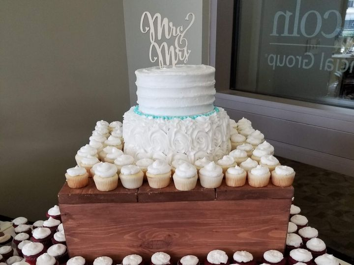 Tmx 20190413 154930 51 1862817 1567557134 Fort Wayne, IN wedding cake