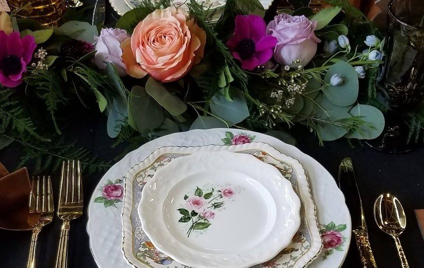 Classic floral china