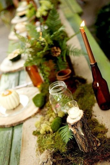 Moss & Wine bottle decor